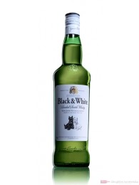 Black & White Blended Scotch Whisky 0,7l