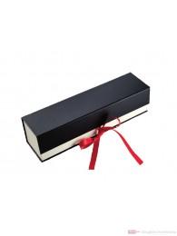 Hochwertige Geschenkfaltschachtel mit Schleifenverschluss