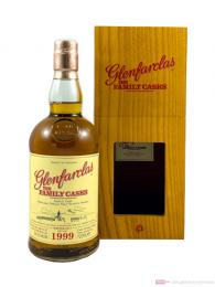 Glenfarclas The Family Casks Single Cask 4th Fill Butt 1999 Whisky 0,7l