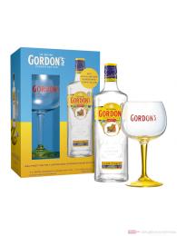 Gordon's London Dry Gin im Geschenkset mit Copa Glas 0,7l