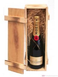 Moet & Chandon Brut Impérial Champagner in Holzkiste 0,75l